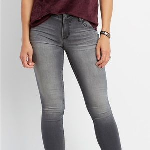 Maurice's super soft gray color jegging